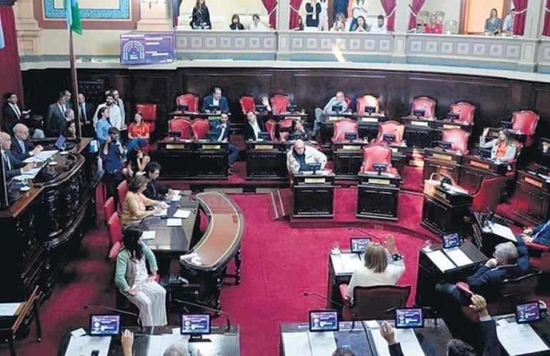 Pulseada en la legislatura bonaerense